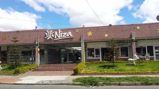 Centro Comercial Niza