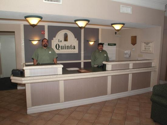 La Quinta Inn Fort Stockton: Front Desk