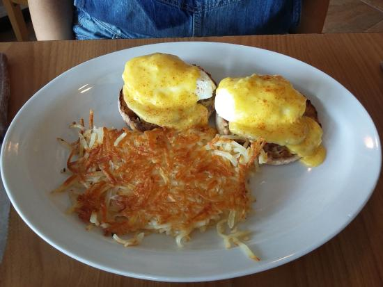 Red Rooster: UOVA ALLA BENEDICT
