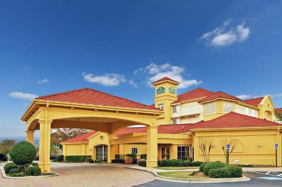 Photo of La Quinta Inn & Suites Shreveport Airport