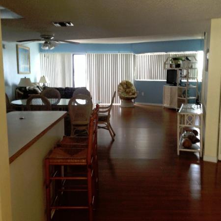 Kawama Yacht Club: room
