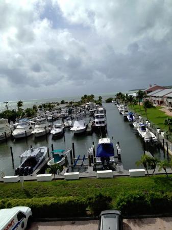 Kawama Yacht Club: marina