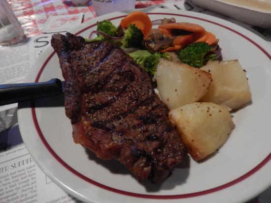 Hubbards, Canada: ステーキのチョイスもある。