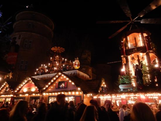 öffnungszeiten Weihnachtsmarkt Stuttgart.Stuttgarter Weihnachtsmarkt Stuttgart Aktuelle 2019 Lohnt Es