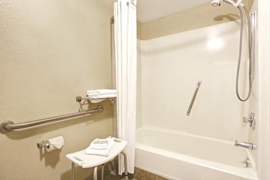 Shelby, NC: ada bathroom