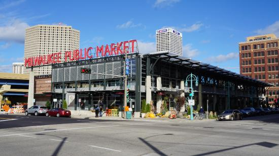 ‪Milwaukee Public Market‬