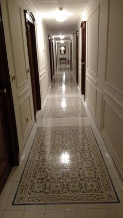 Hallway outside of our room: spotless