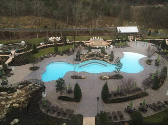 Outdoor Pool Picture Of Dollywood 39 S Dreammore Resort And Spa Pigeon Forge Tripadvisor