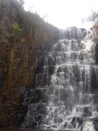 Angatuba, SP: Cachoeira dos Mineiros