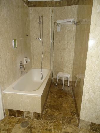 Hotel Nord Nuova Roma: lovely bathroom