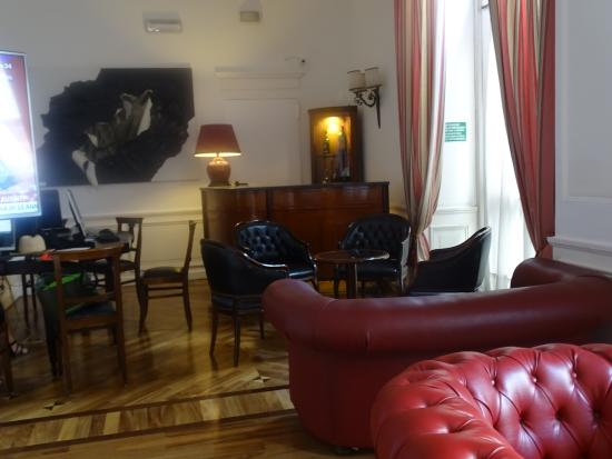 Hotel Nord Nuova Roma: lounge downstairs