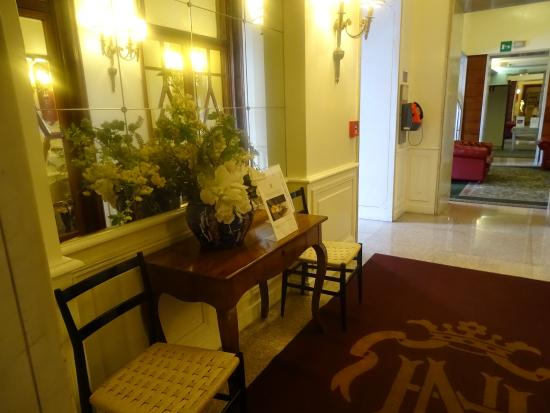 Hotel Nord Nuova Roma: downstairs