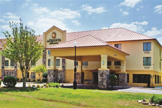 Photo of La Quinta Inn & Suites LaGrange