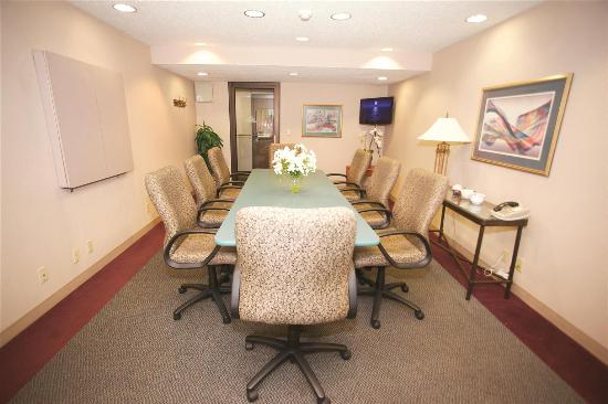 La Quinta Inn Milwaukee West Brookfield: Meeting Room
