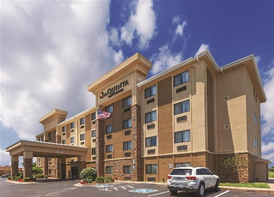 La Quinta Inn & Suites Midwest City