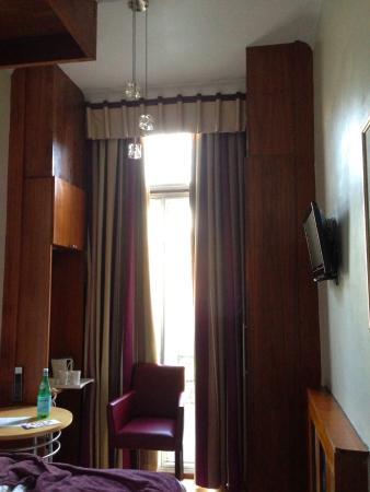 Garden View Hotel: interno camera 18