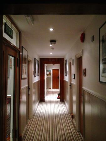 corridoio , Picture of Garden View Hotel, London , TripAdvisor