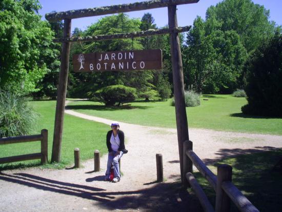Foto de jard n bot nico de la universidad austral de chile for Jardin botanico costo entrada