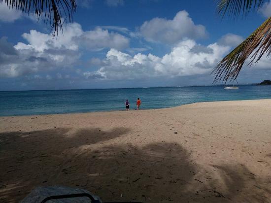 Oyster Pond, Saint-Martin / Sint Maarten: Beautiful Beach