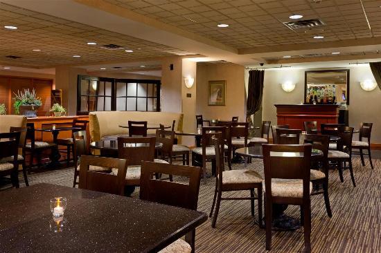 La Quinta Inn Suites Garden City Ny Review Hotel Perbandingan Harga Tripadvisor