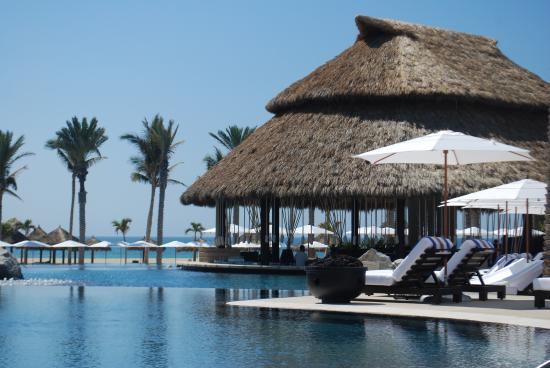 Cabo Azul Resort: Your getaway awaits
