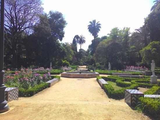 photo0.jpg - Picture of Parque de Maria Luisa, Seville - TripAdvisor