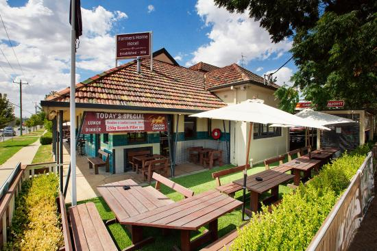 Farmers Home Hotel  Wagga Wagga   Restaurant Reviews  Phone Number   Photos    TripAdvisor. Farmers Home Hotel  Wagga Wagga   Restaurant Reviews  Phone Number