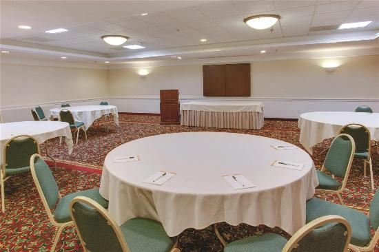 La Quinta Inn & Suites Andover: Meeting room