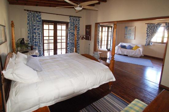 Shema Villa Bed and Breakfast Cyprus: The Luxurious Balcony Room
