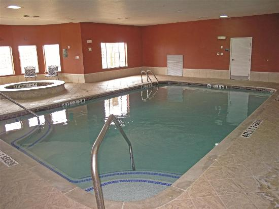 La Quinta Inn & Suites Belton : Pool view