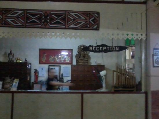 Agung Inn: Resepsionis