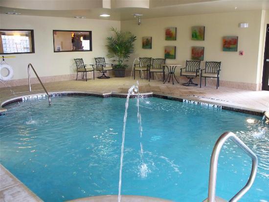 La Quinta Inn & Suites Woodway - Waco South: Pool view