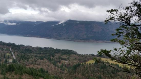 Stevenson, WA: Cape Horn view south