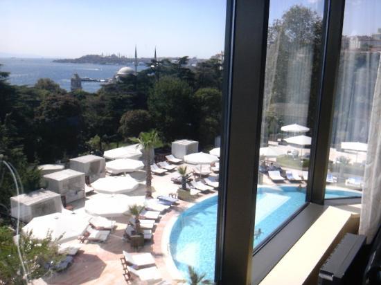 สวิสโซเทล เดอะบอสฟอรัส: 部屋からの眺め