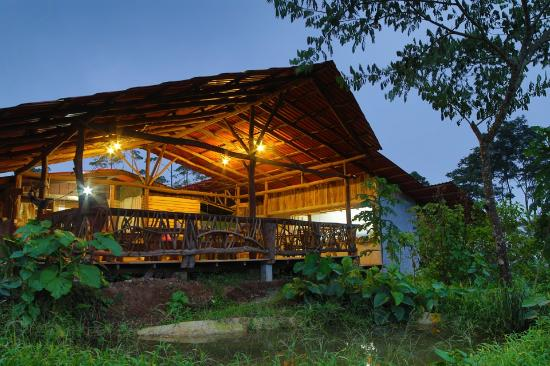 La Tigra Rainforest Lodge