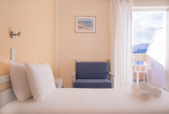 Galini Beach Hotel: twin beds