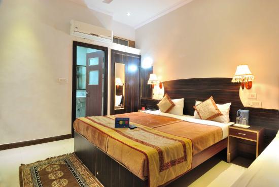 The Retreat: Bedroom