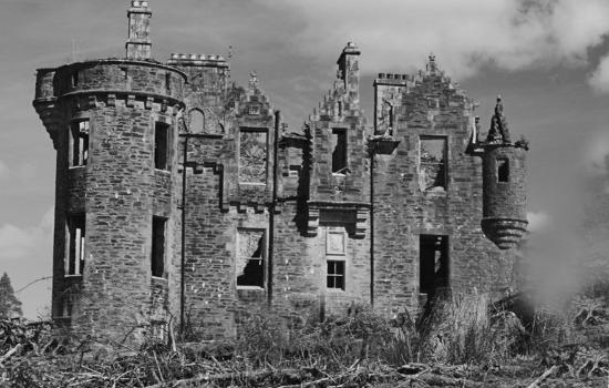 Colintraive, UK: The ruin of Dunans House