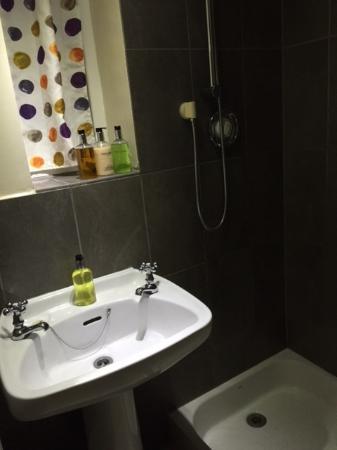 Cotgrave, UK: Bathroom
