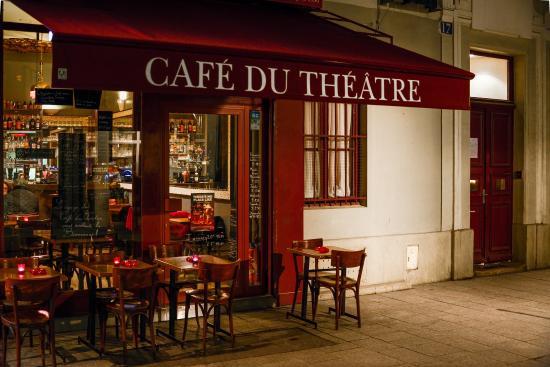 Cafe Theatre Paris Le Cafe De La Gare Restaurant
