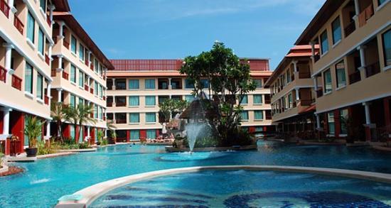 Patong Paragon Resort & Spa: Pool
