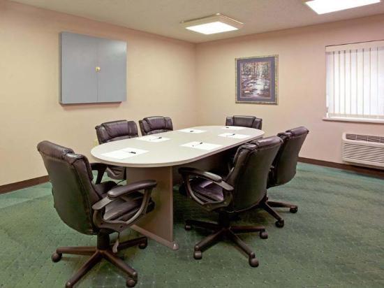 La Quinta Inn Indianapolis East-Post Drive: Meeting room