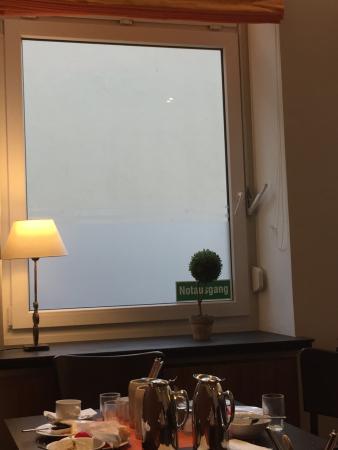 Andi Stadthotel München: sala de cafe