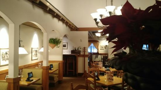 IMG_20151222_153028421_large.jpg - Picture of Olive Garden, Boston