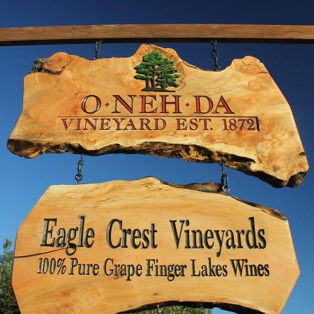 O-Neh-Da & Eagle Crest Vineyards
