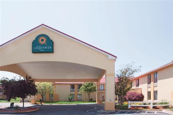 Photo of La Quinta Inn Waldorf