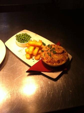 Kimbolton, UK: Fish Pie With a Cheesy Crumble