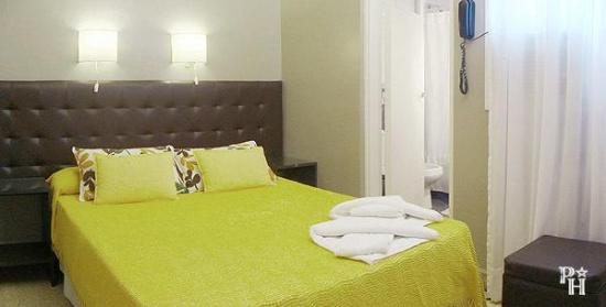 Petit hotel mendoza argentine voir les tarifs 6 avis for Hotel petit prix