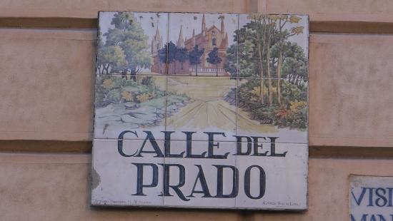 Calle del prado fotograf a de ibis styles madrid prado for Calle prado 8 madrid