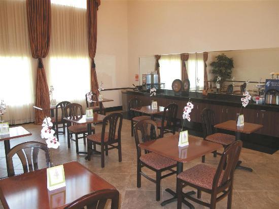 La Quinta Inn & Suites Ft. Pierce: Restaurant